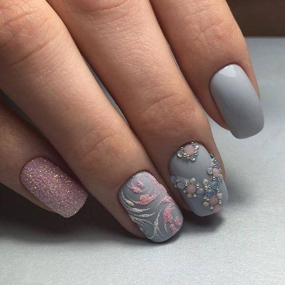 Gray manicure design