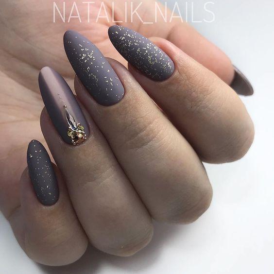 Matte gray manicure