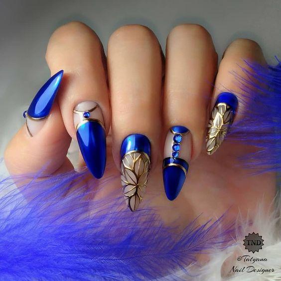 Navy blue nails design