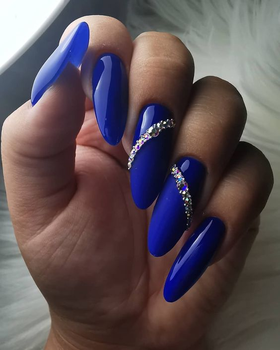 Navy blue nails with crystals