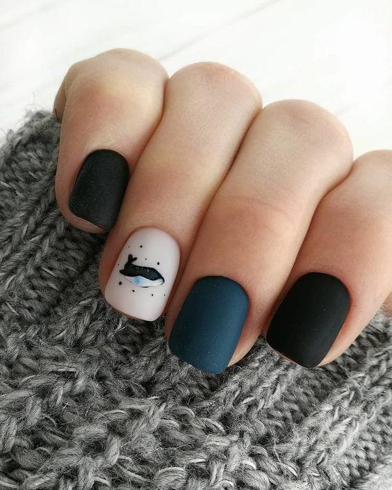 Short colorful nails