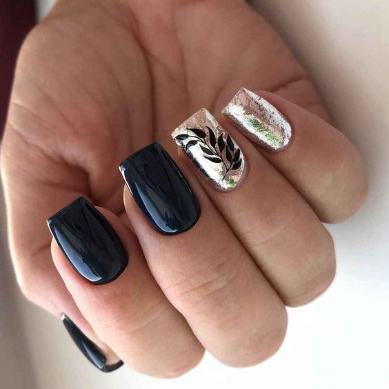 Short dark nails with patterns