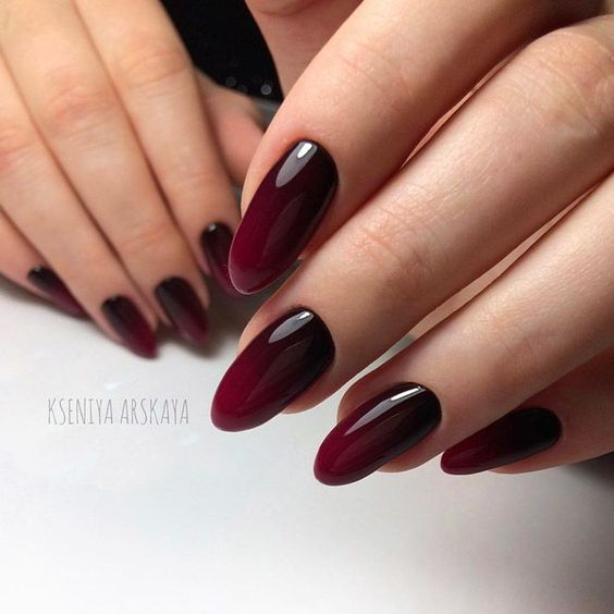 Black nails with ombre