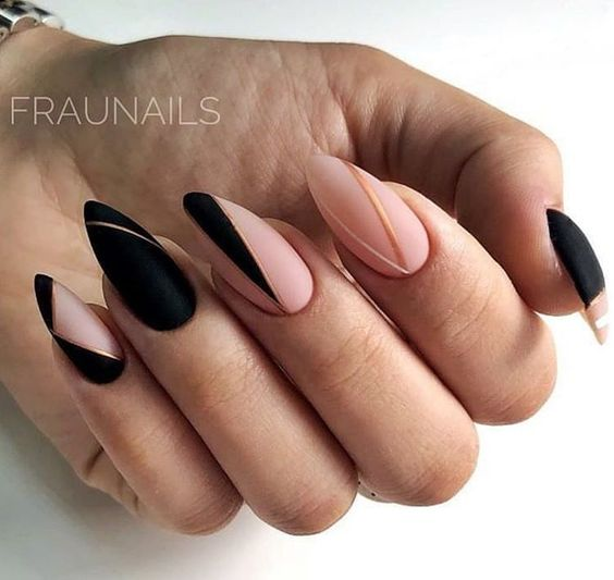 Elegant matte nails