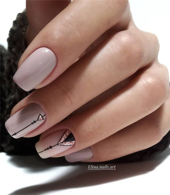 Elegant nails with patterns