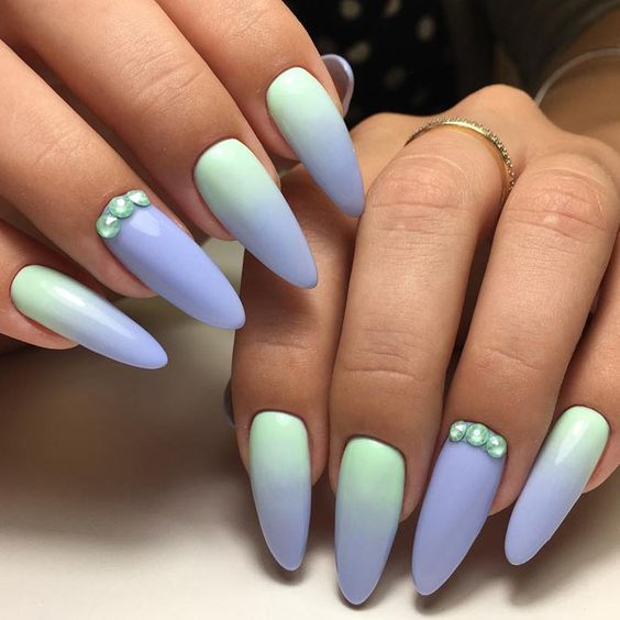 Mint nails with ombre
