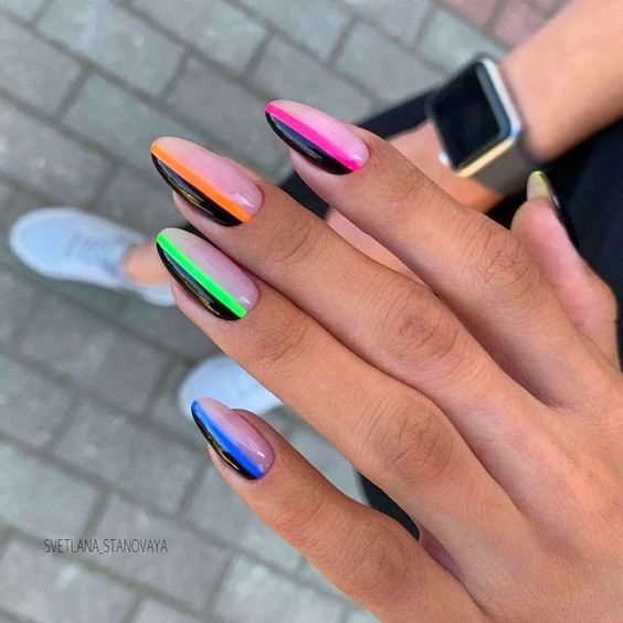 Nails with neon accent