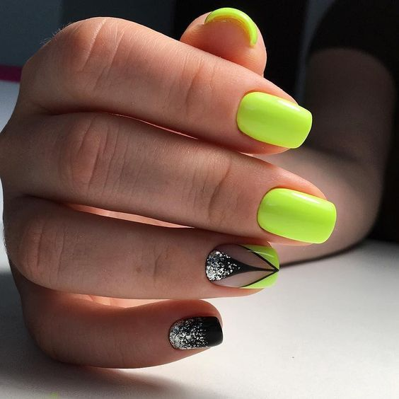Neon nails in lime shade