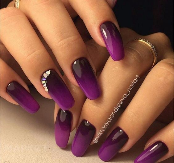 Purple nails with ombre