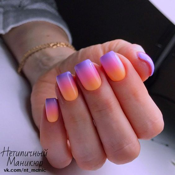 Summer nails with ombre