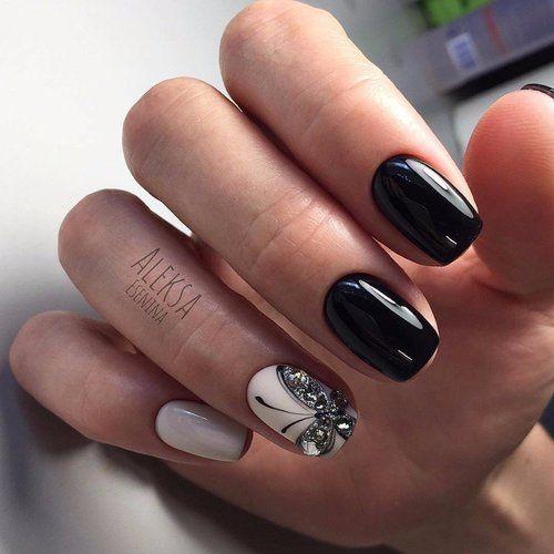 Beige black nails