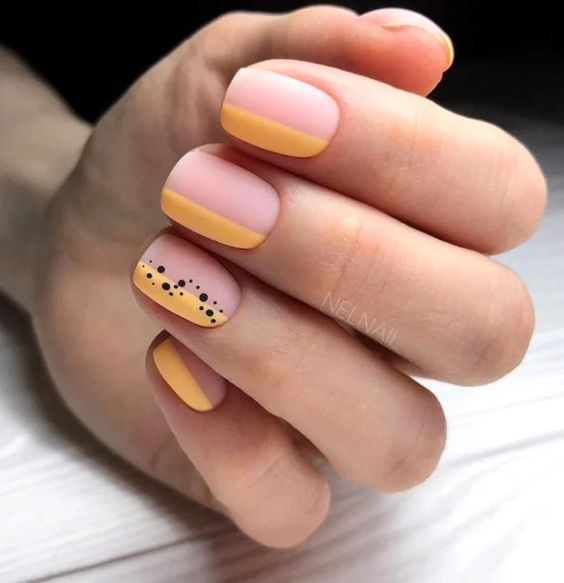 Matte nails for spring