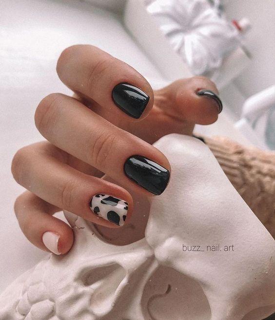 Natural black nails
